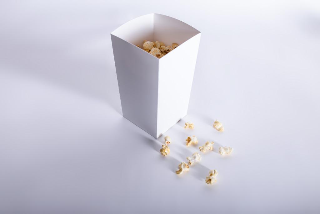 Popcornbox gefüllt - Mugler Masterpack GmbH