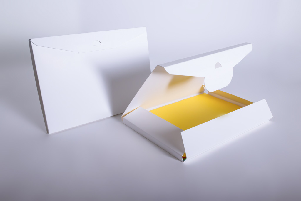 Wallet für Fotopapier - Mugler Masterpack GmbH