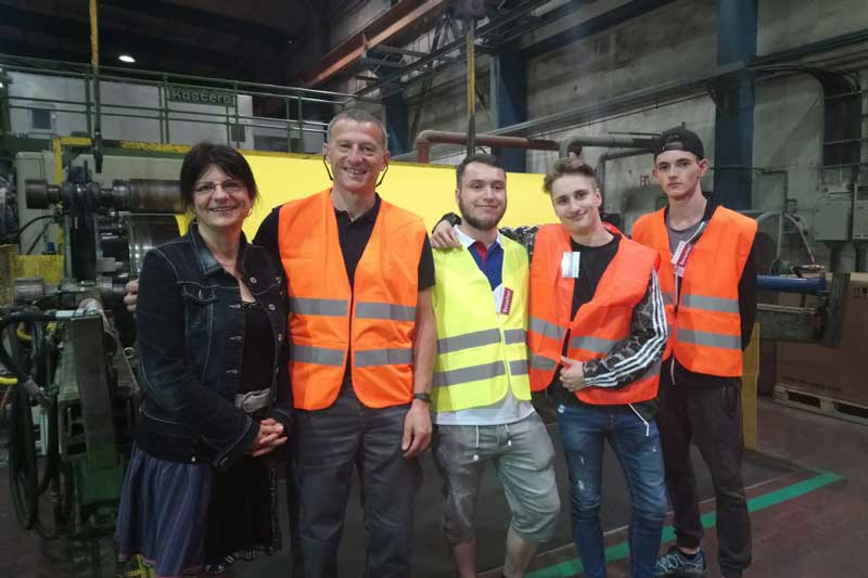 Exkursion zur Papierfabrik der Azubis von Mugler Masterpack